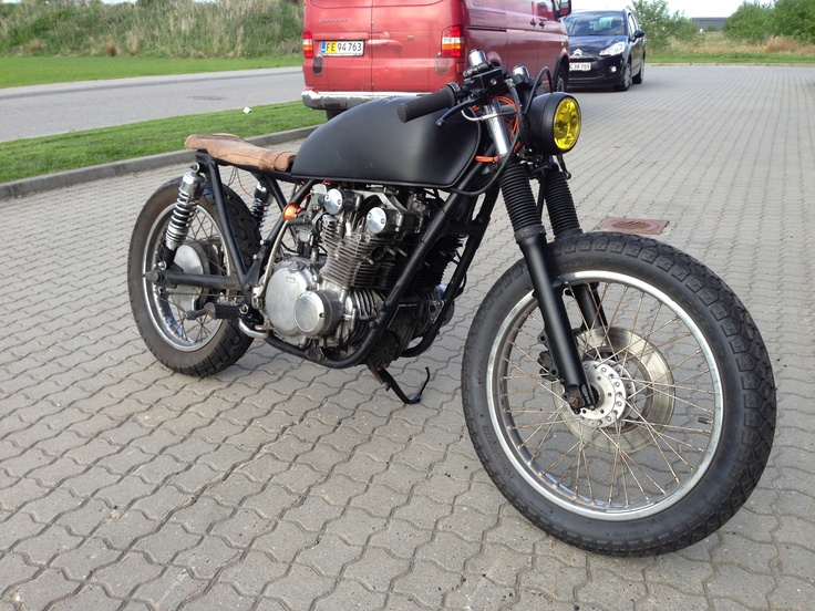 25 best My caf racer project GS550 Suzuki images on