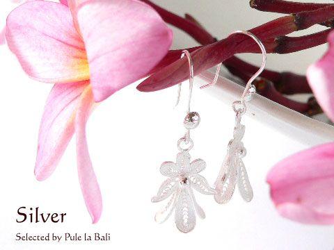 バリの銀線細工 可愛い花のピアス Filigree of Bali Earrings cute flower