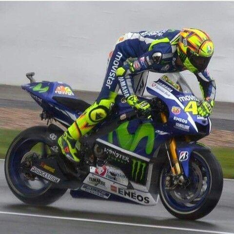 Vale loves his bike after winning BritischGP