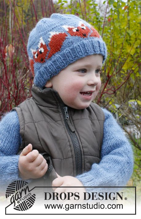 "Knitted DROPS hat with fox pattern in ""Lima"".  Size 3 - 12 years.  Free pattern by DROPS Design."