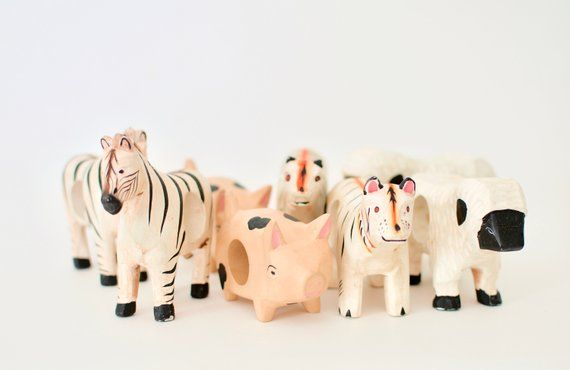 Vtg Animal Napkin Holders, 8 Wood Handmade Napkin Ring- Pig, Zebra, Tiger, Sheep -Handcarved in Phil