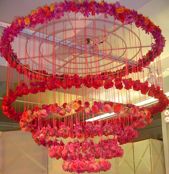 17 best ideas about hula hoop chandelier on pinterest for Hula hoop decorations