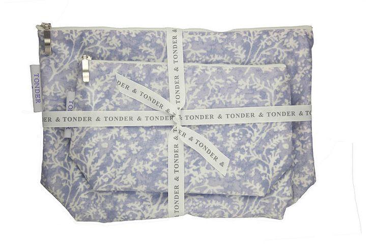 £10 make up bag in blue