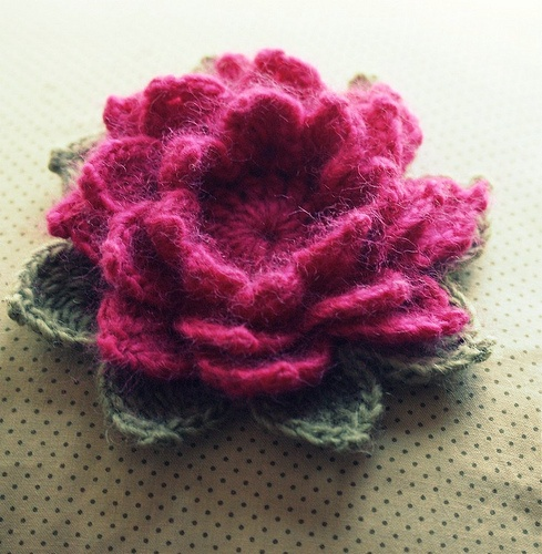 Lotus flower pattern on ravelry - done with Lambs Pride ...