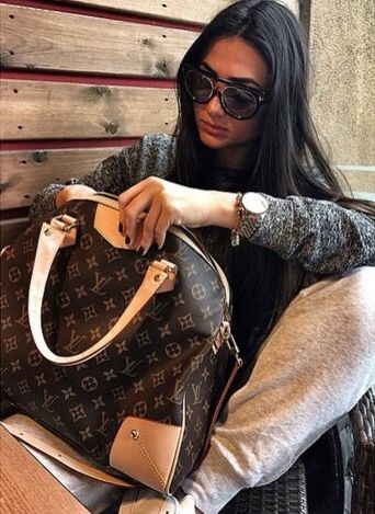 #Louis #Vuitton #Handbags Is The Best Choice To Send Your Friend As A Gift. I Believe You Will Love Louis Vuitton Handbags! Limited Supply! Shop Now!