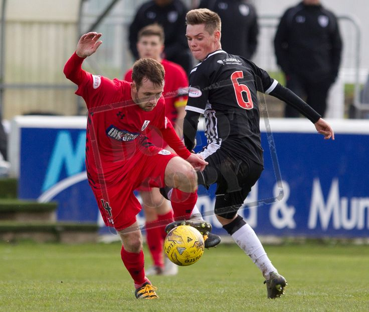 Queen's Park's Vinnie Berry on the ball during the SPFL League Two game between Elgin City and Queen's Park.