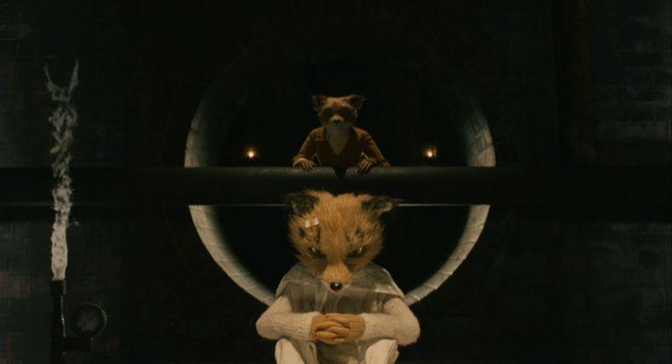 Fantastic Mr. Fox (Wes Anderson) Alweer een centrale compositie (deze typeert de film). De dieren zitten vast onder de grond. Dit beeld geeft de vader-zoon relatie weer (typisch voor Anderson). De zoon van Mr. Fox voelt zich genegeerd. Hij heeft aandacht en bevestiging nodig, maar wordt doorheen overschaduwt door zijn neef die tijdelijk inwoont bij de familie. Hij wil uitblinken in atletiek net zoals zijn vader en kan hierdoor niet inzien dat hij in zijn eigen manier speciaal is.