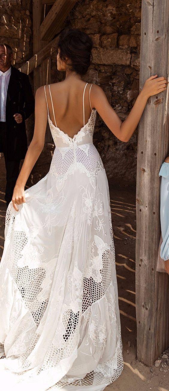 Costas de vestido da Galia Lahav – corte evasé e …