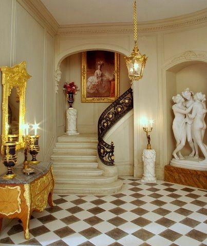 Susan N's Foyer...34..13 qw
