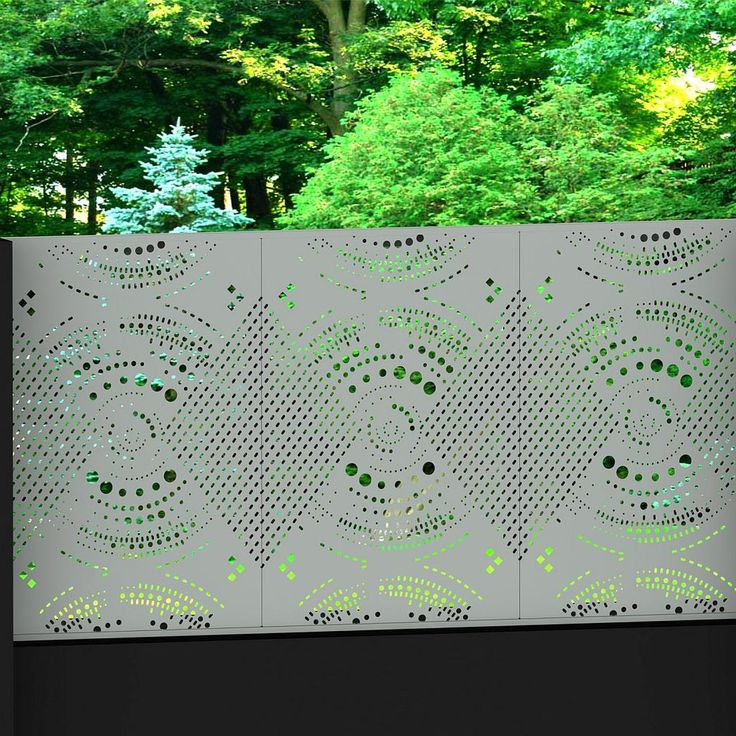 Enigma1 silver colour on rendered fence