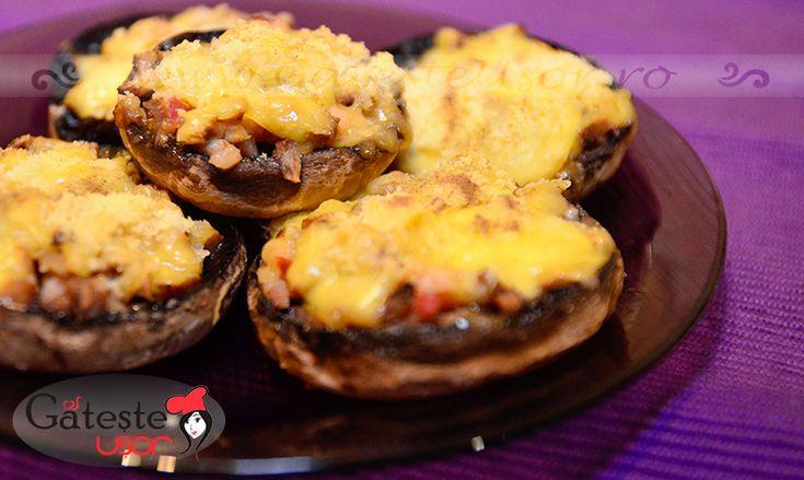 Ciuperci umplute la cuptor on http://www.gatesteusor.ro