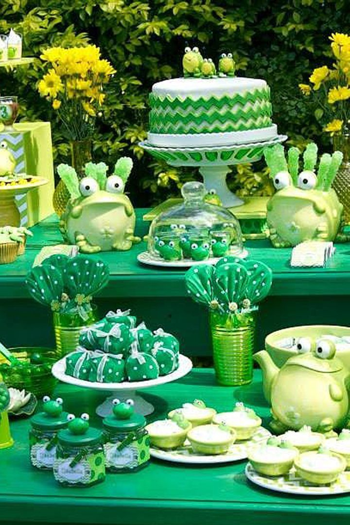 Throw an epic Leap Day birthday party that will last the next four years with a hoppy frog-themed bash!