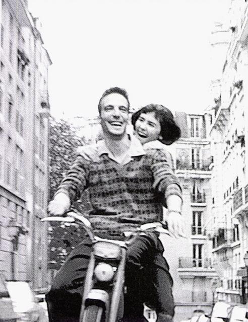 Amelie --- Such a cute movie!  http://www.adorocinema.com/filmes/filme-27063/curiosidades/