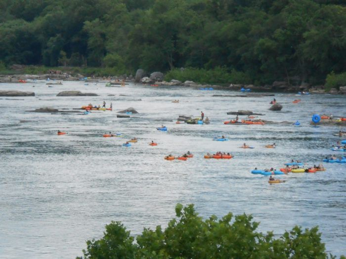 6 Lazy Rivers In West Virginia That Are Perfect For Tubing On A Summer's Day