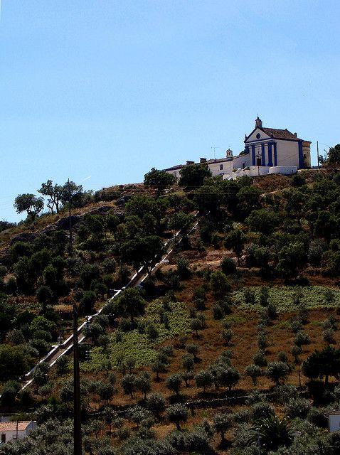 Chapel of Our Lady of Penha. Portalegre, Alentejo, Portugal. (Photo: Ubi Rhodes-Malin) #alentejo #visitalentejo #portugal #visitportugal #portalgre #travel