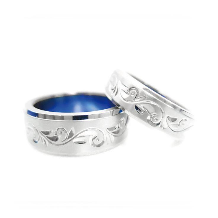 【結婚指輪 アラベスク】 「唐草」を意味するアラベスクのリングです。 植物がどこまでも伸びてゆく様をあらわした「唐草」は、繁栄や長寿のシンボルとされています。 素材:Ti。