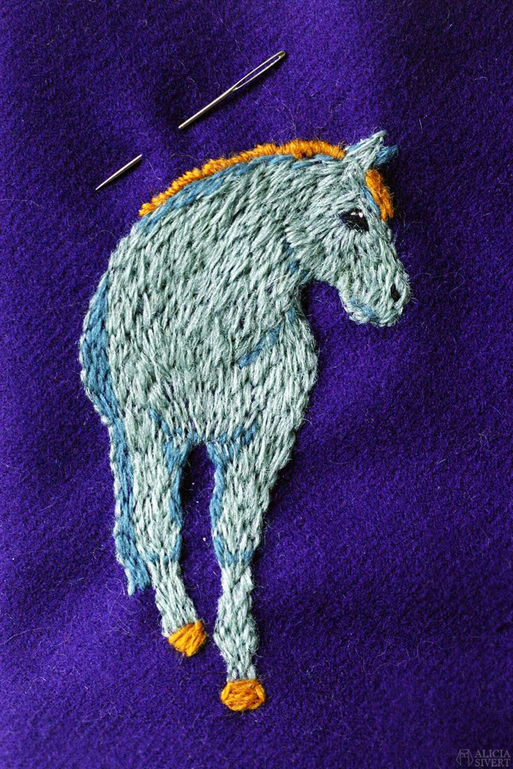 Horse wool embroidery by Alicia Sivertsson.