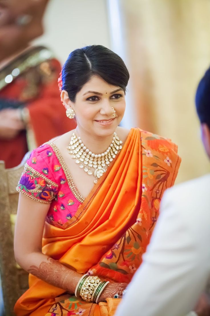 What to wear to an indian wedding. Pretty saree, blouse and necklace. #Hairstyle