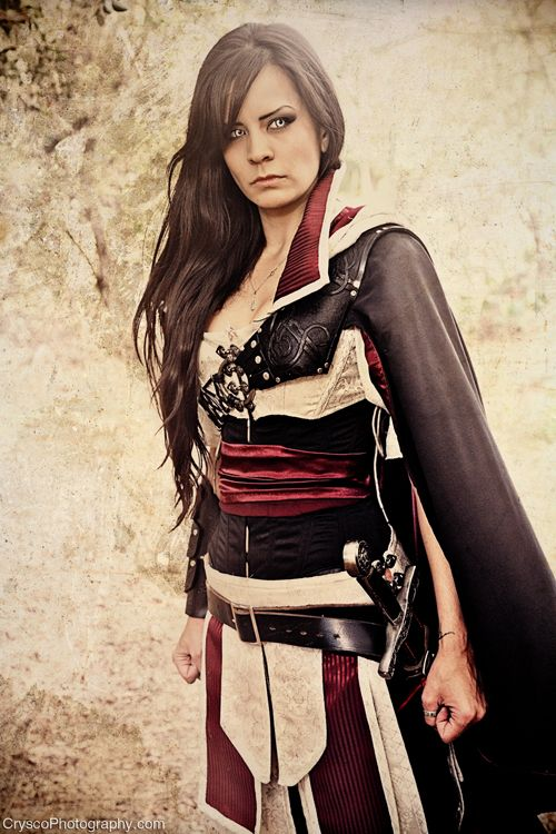 Assassin's Creed Cosplay http://geekxgirls.com/article.php?ID=1405