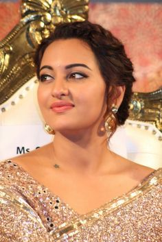 Sonakshi Sinha Latest Photos - Celebrity Beauty Tips