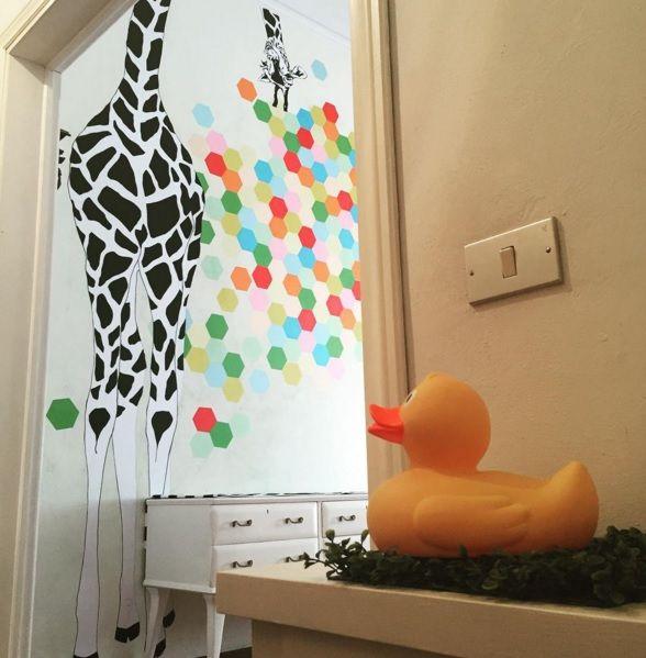 giraffa : decorazione temporanea agosto 2015 wall decoration paper #interiordesign #design #interiors #renovation #motd #home #houserenovations #decorations  #carta #paper #fattoamano #handmade #craft  #papercraft #decoration papercraft #decoration
