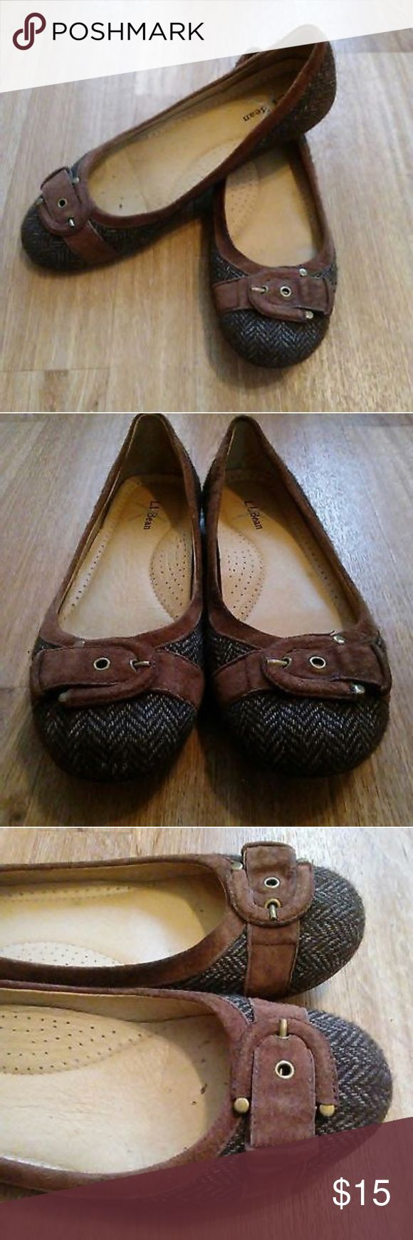 Women's LL Bean Brown Herringbone Flats Women's LL Bean Brown Herringbone Flats with buckle. The shoes are in good condition with some slight wear to the soles. These shoes are Size 9 and good quality. These shoes have a life time warranty through LL Bean if anything goes wrong in the future and LL Bean will replace no questions asked. These have good support and tread. The outside is wool and suede and inside of shoe is leather. LL Bean Shoes Flats & Loafers