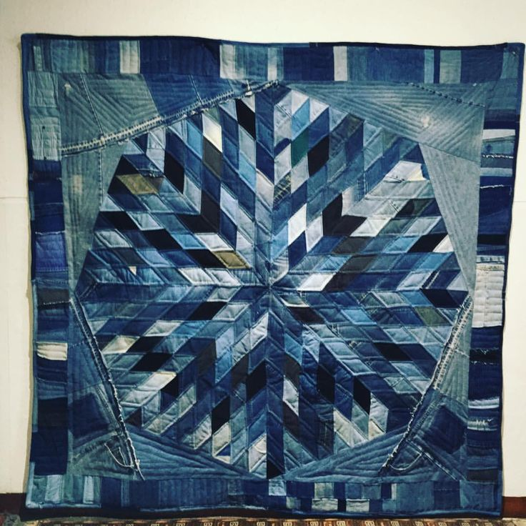 "22 Likes, 4 Comments - Louise Silk (@silkquilt) on Instagram: ""#recycledenim #remnants #reuse #sunburst #patchwork #silkdenim"""