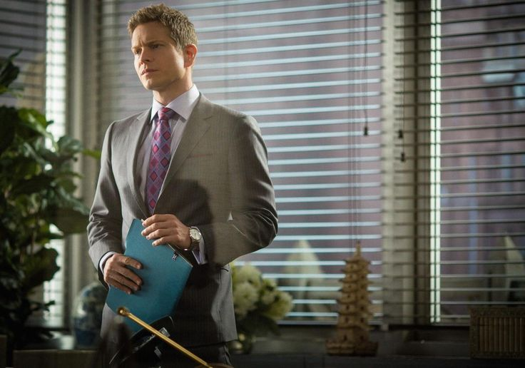 Ben Sherman Stainless Steel Watch inspired by Cary Agos  in The Good Wife Season 7 Episode 3 | TheTake