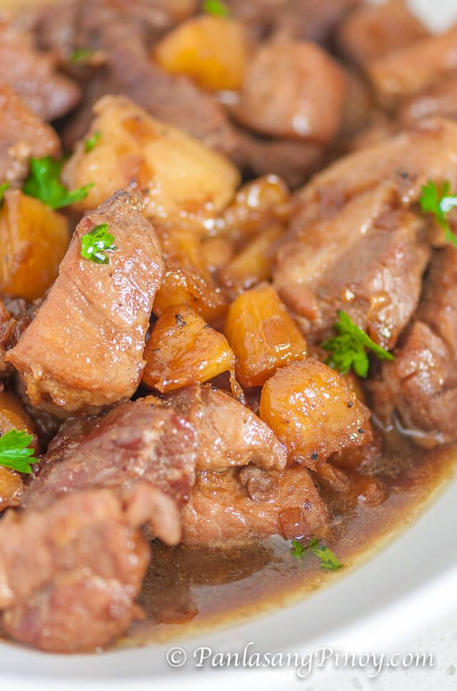 Pork Hamonado is a sweet pork dish that make use of pork shoulders, pineapple, sugar, and seasonings. Use this budget-friendly recipe anytme