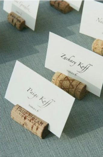 Wine cork placecard holder via @Fiore Blossoms..good for a vineyard wedding