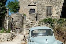 Location Provence 12th century restored Chapel - Châteaux à louer à Saignon