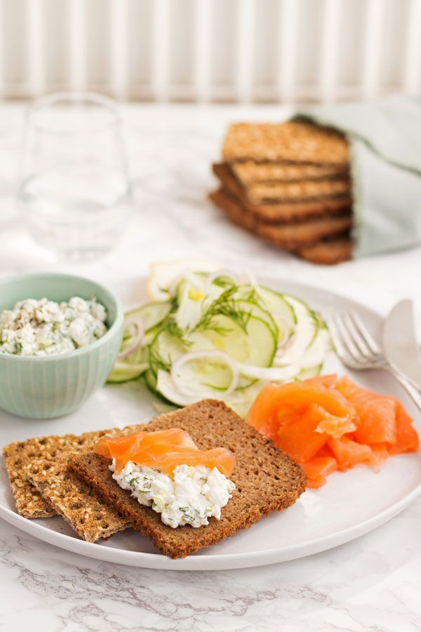 Simple and fresh Scandinavian Smörgåsbord platter for one. With simple and fresh flavour it's ideal to munch on on a warm spring evening.