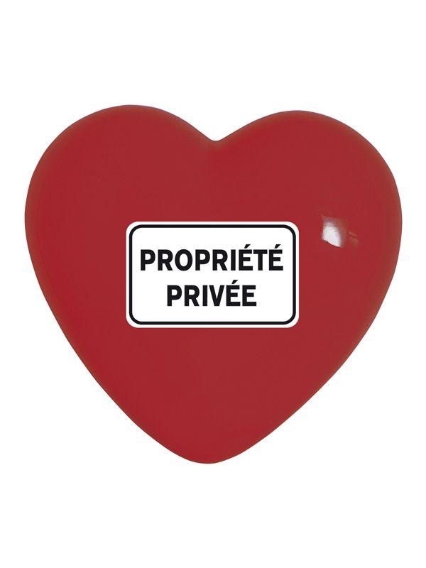 Cuore Privee Creativando | Coquelicot Design Propriètè Privèe fa parte della collezione di cuori in ceramica realizzato a mano in Italia. Oggetto di design può essere usato come semplice elemento decorativo, oppure scelto per il suo particolare messaggio.