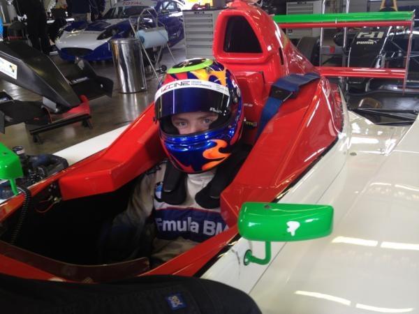 Archie Hamilton coaching Cameron Twynham in Formula BMW, 13 April 2012