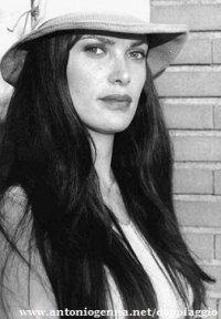 Giuseppina Izzo, nota come Giuppy (Roma, 3 aprile 1968), è una doppiatrice, attrice e direttrice del doppiaggio italiana. BIOGRAFIA: Ha prestato la voce al personaggio di Lucy May, protagonista dell'omonimo anime, a Forzuto e Brontolone ne I Puffi, al...