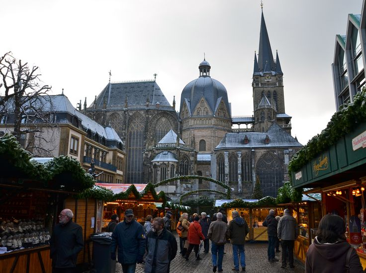 Visiting the Netherlands? Don't miss Maastricht! It's perfect for a weekend away from Amsterdam exploring the architecture and regional food specialties.