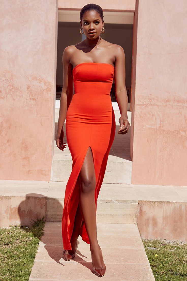 10 Ideal Strapless Dress Designs You Should Try Strapless Maxi Dress Strapless Orange Dress Inspired Dress [ 1104 x 736 Pixel ]