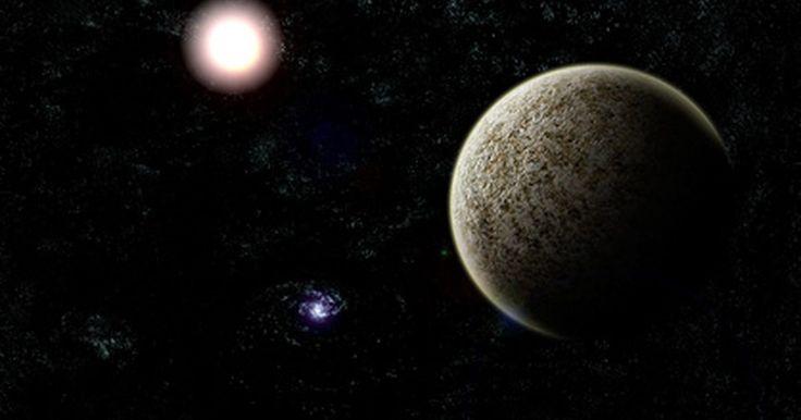 Como encontrar planetas no céu à noite. O céu à noite é repleto de constelações, aglomerados de estrelas, juntamente com a lua e os planetas. Ele proporciona uma oportunidade para contempladores de estrelas e planetas observarem objetos celestes a milhares de anos-luz de distância usando ferramentas de localização e o olho nu. Uma vez que cientistas e astrônomos mapearam com precisão os ...