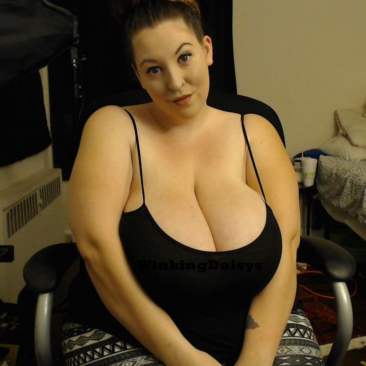 Nude mature saggy tit porn pic