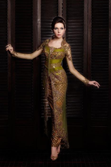 kebaya from Prestige by Inar