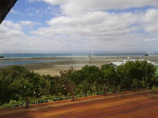 NZ Glass is the leading service provider of glass balcony balustrade system in Auckland.