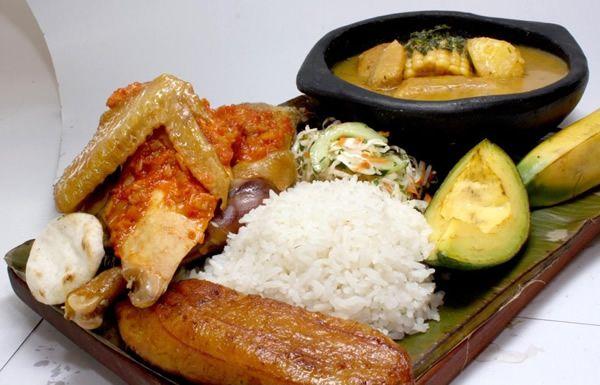 La Barra Restaurante - Sancocho de Gallina #Cali #Colombia