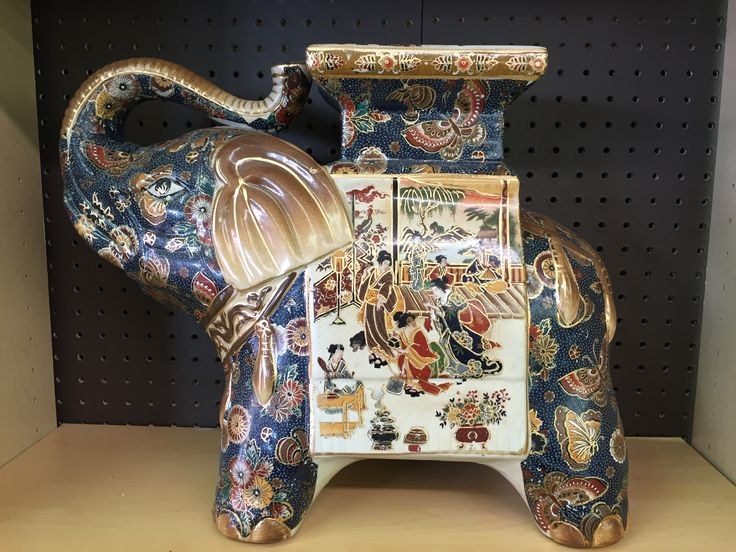 Have you ever seen so much beautiful detailing? This Satsuma Elephant is made in Japan and available at Chez Thrift's auction on April 11th, at 11:00 am.