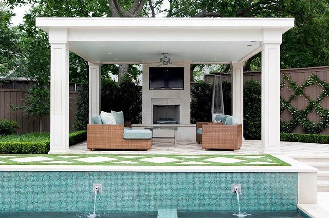 Imagine spending your day swimming in the pool and then kicking back for an evening movie here! #realtor #realestate #pool #home #homebuyers #sandyinmiami Imagine spending your day swimming in the pool and then kicking back for an evening movie here! #realtor #realestate #pool #home #homebuyers #sandyinmiami