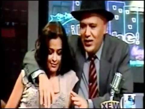 Larissa Riquelme beija e excita apresentador de televisão - http://webjornal.com/1419/larissa-riquelme-beija-e-excita-apresentador-de-televisao/