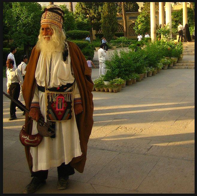 dervish, iran 2005 photo by e-phoenix