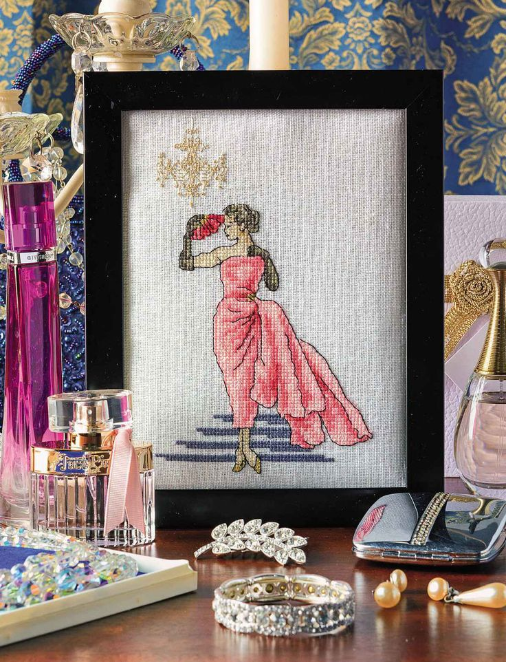 THE FABULOUS FIFTIES - CrossStitcher Magazine 309 - September 2016