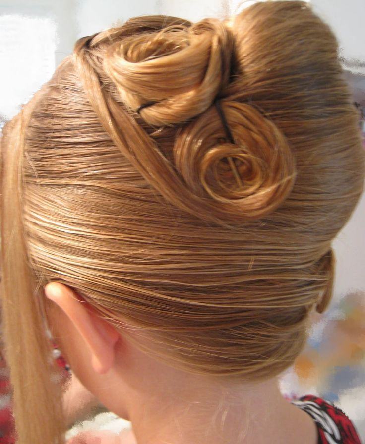 easy french twist updo for long hair   30 Remarkable French Twist Hairstyle Collection   CreativeFan
