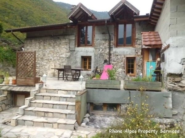 Village house - 73 - St Marcel - Near Paradiski. 226,000 EUR