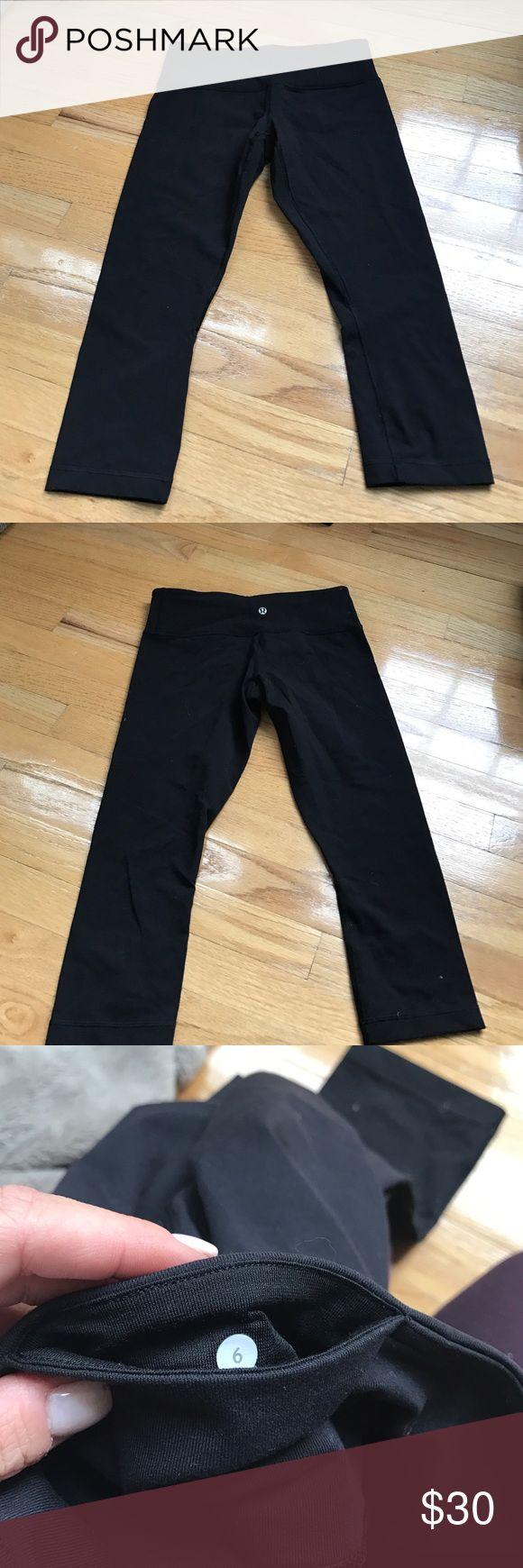 EUC lululemon black crop pant EUC black lululemon crop pants. Size 6. Only worn once. No trades lululemon athletica Pants Ankle & Cropped